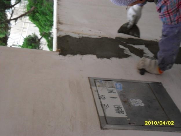 균열부 압착시멘트 보수작업